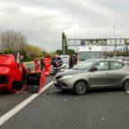 Il concorso di colpa negli incidenti stradali. Chi paga il risarcimento danni?